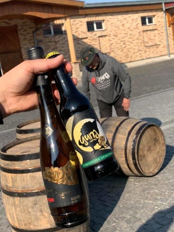Ципа, винное пиво, гибрид пива и вина, пиво в бочках