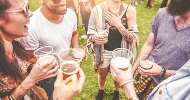 фестиваль пива Рівне, пивний фествиаль, фествиаль сидру віскі, Bergchloss Beer Fest Rivne Арт-зона Рівень