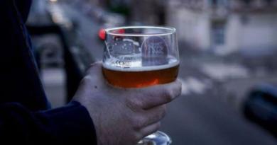 Франция пиво, скисшее пиво, карантин компенсация за пиво